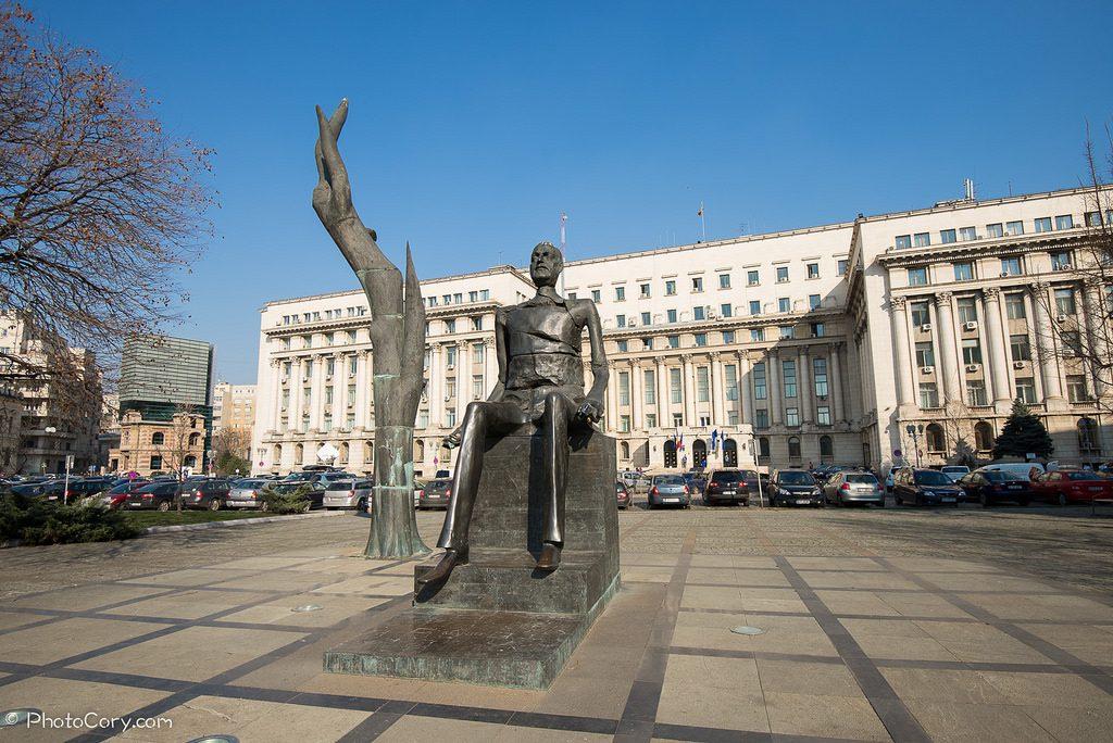Piata Revolutiei di Bucarest