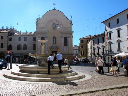 Piazza San Leonardo