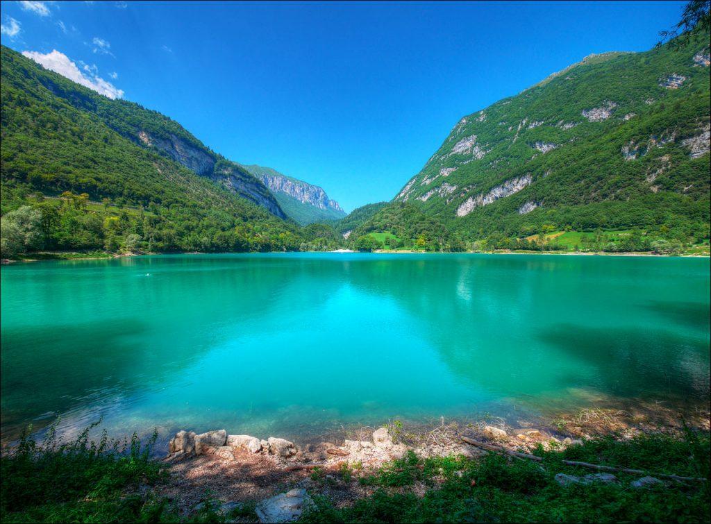 In foto il Lago di Tenno